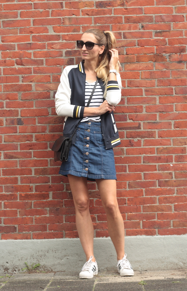 sporty in denim